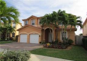 115 CT Doral,Miami,Florida 33178,House,Mi casita,CT Doral,2,1023